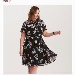 size 30 torrid dress